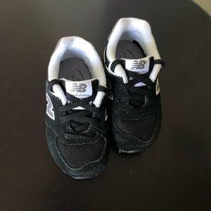 Boys infants New Balance shoes, size 5